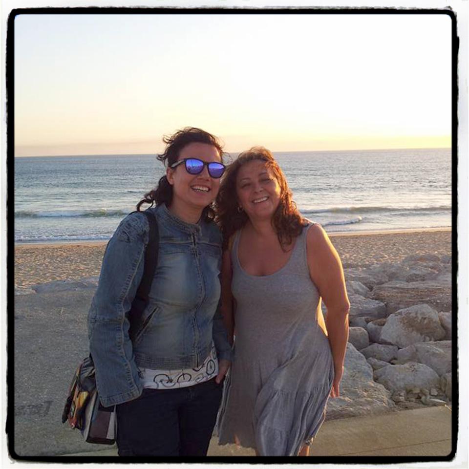 Con Ana
