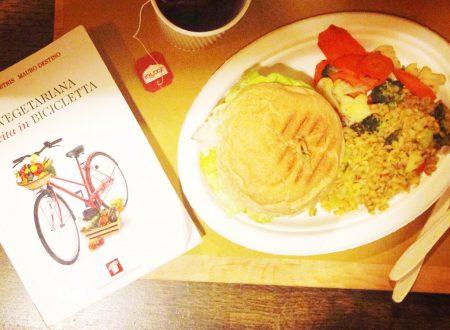 Il ciclolibro: scelta vegetariana e vita in bicicletta